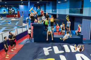 Action-und-Jumps-im-Trampolinpark---FLIP-LAB-Vienna